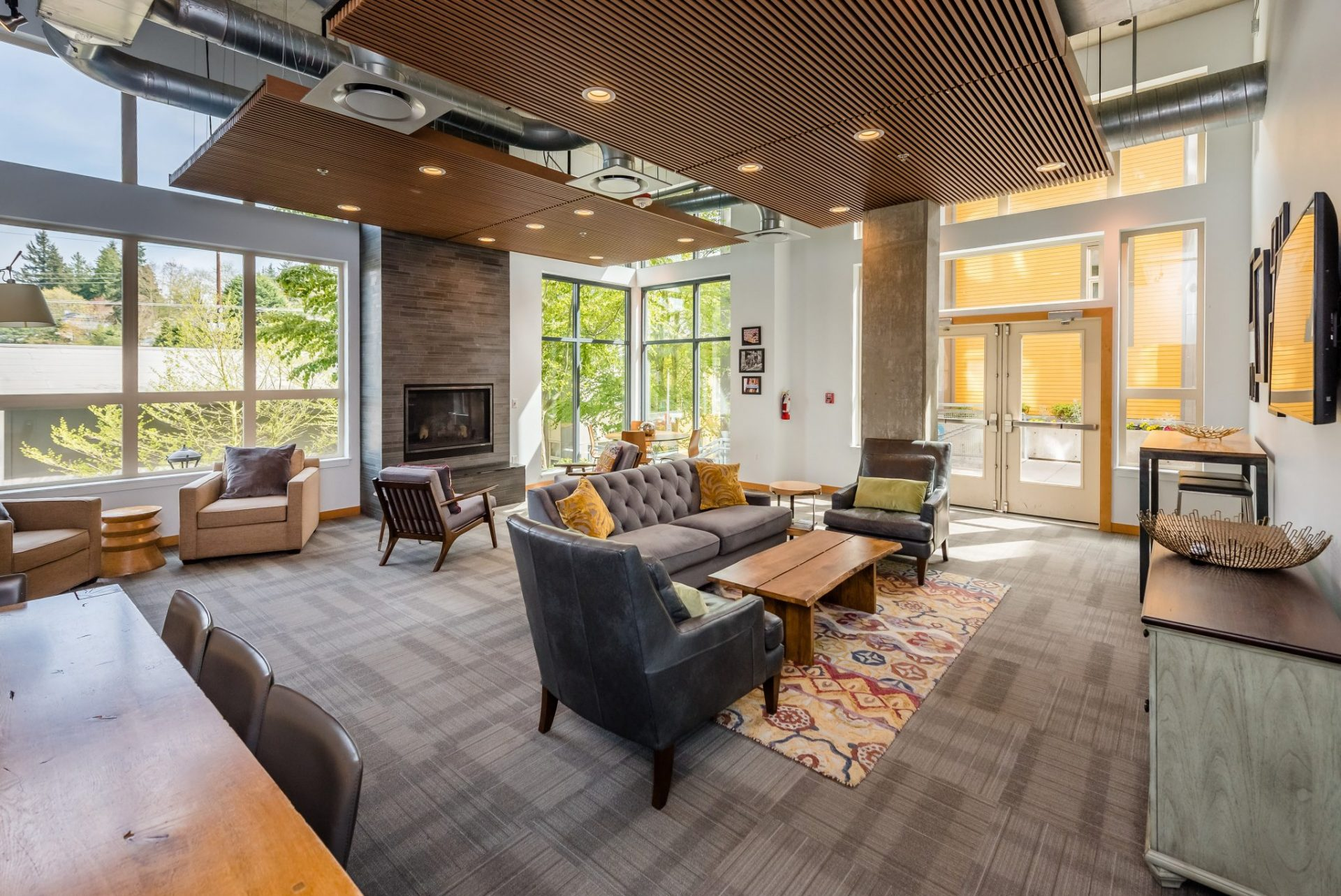 Indoor Seating At Thornton Place Apartments In Seattle, WA